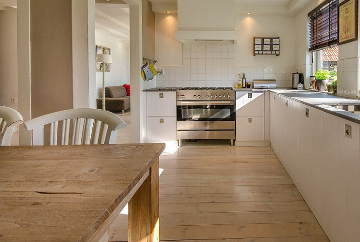 Which Direction to Lay Laminate Flooring: Surprise Answer You Need ...
