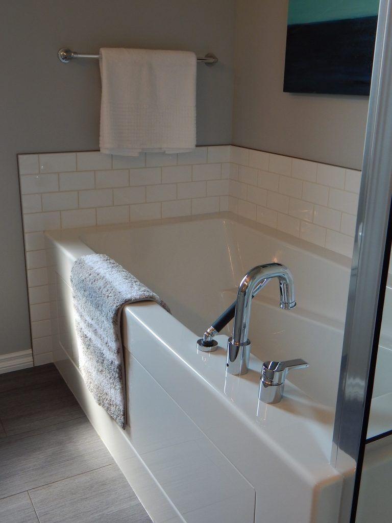 Easy clean bathroom - Porcelain Enameled Steel Bathtub
