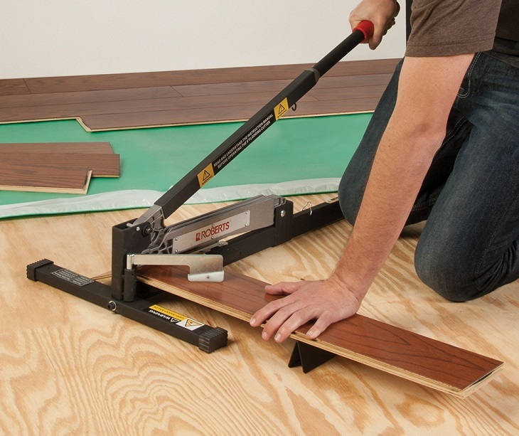 Best Laminate Floor Cutters You Need To Buy For Your Diy